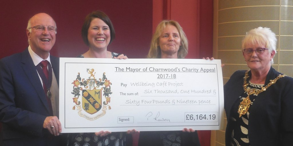 Mayor 17/18 cropped wellbeing cafe cheque