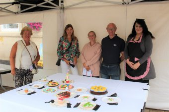 Competition judges - Cllr Jenny Bokor, lead member for Loughborough, Tracey Whellams, Steph Smith, Tony Simons and Elaine Round