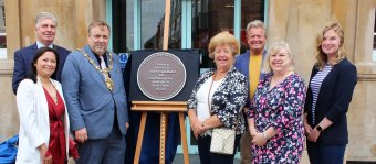A plaque is unveiled to mark the 800th anniversary of Loughborough Markets and Fair