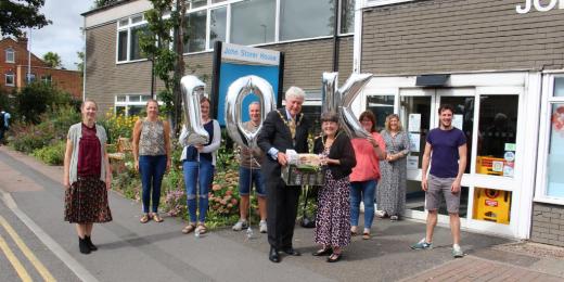 Mayor of Charnwood visits hub